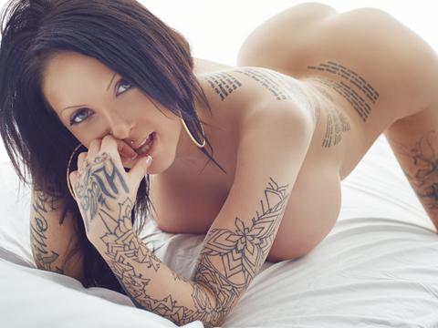 charlotte gullberg naken